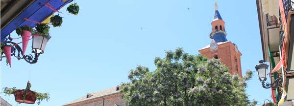 Herencia, plaza e iglesia
