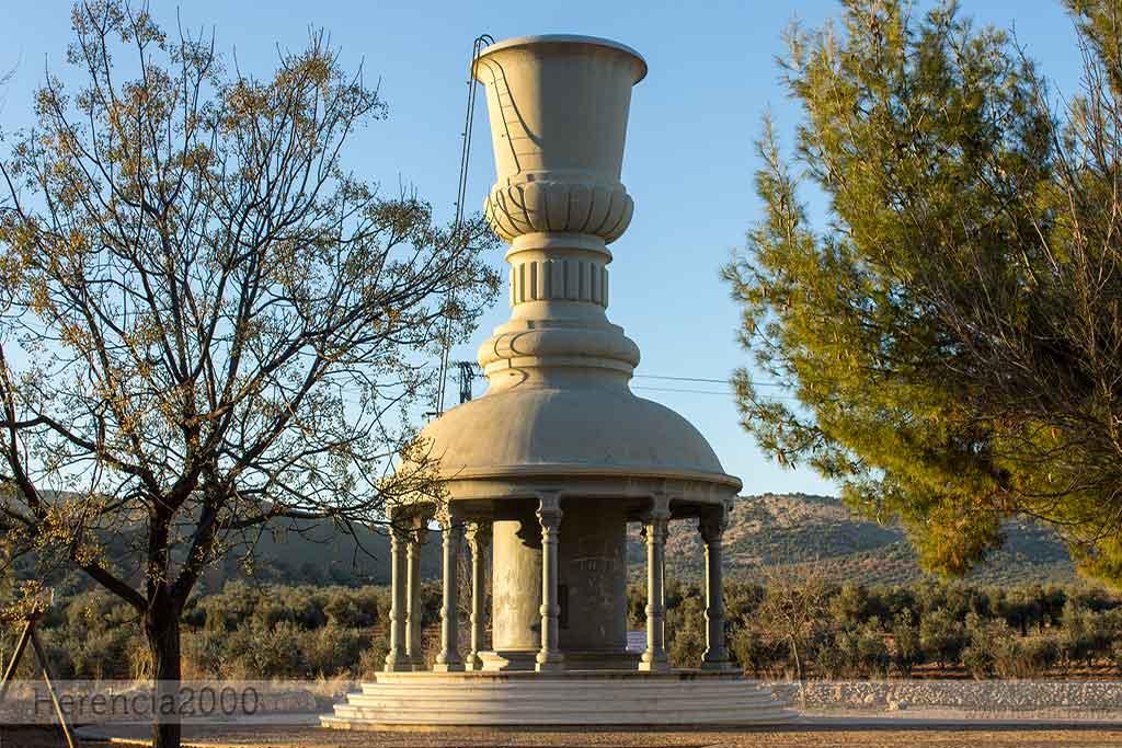 La copa del agua de herencia en la pedriza for Copa de agua