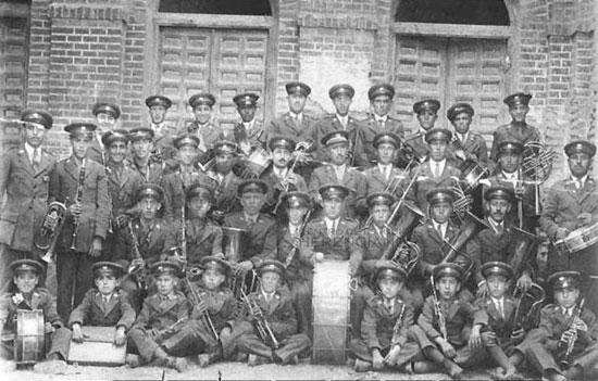 Banda municipal de música de herencia , año 1927